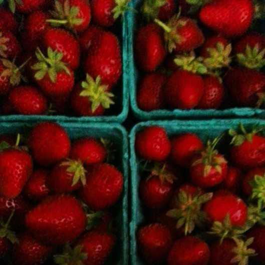 strawberriesfarmersmarket